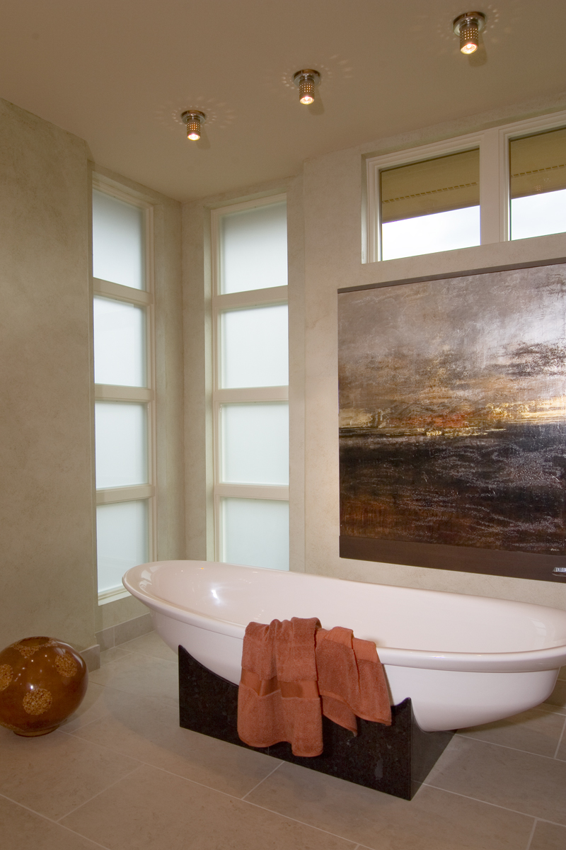 Prairie Style Floor Plan Bathroom Photo 01 013S-0011