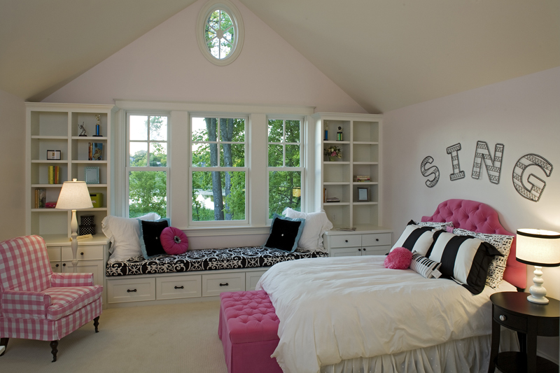 Prairie Style Floor Plan Bedroom Photo 02 013S-0014