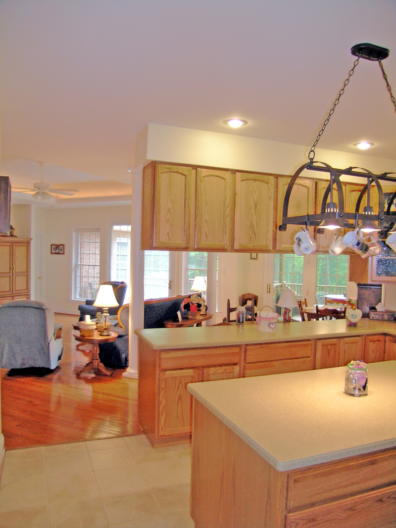 Ranch House Plan Kitchen Photo 01 016D-0005