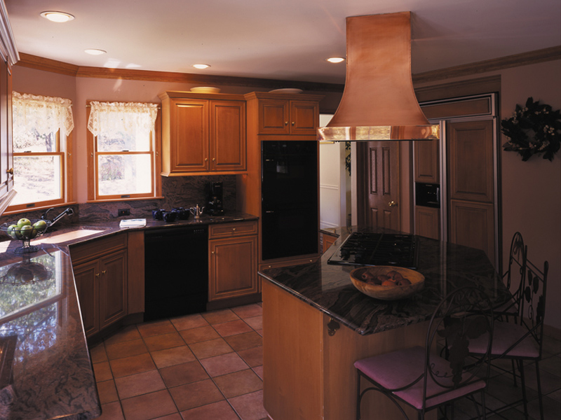 Country House Plan Kitchen Photo 01 016D-0038