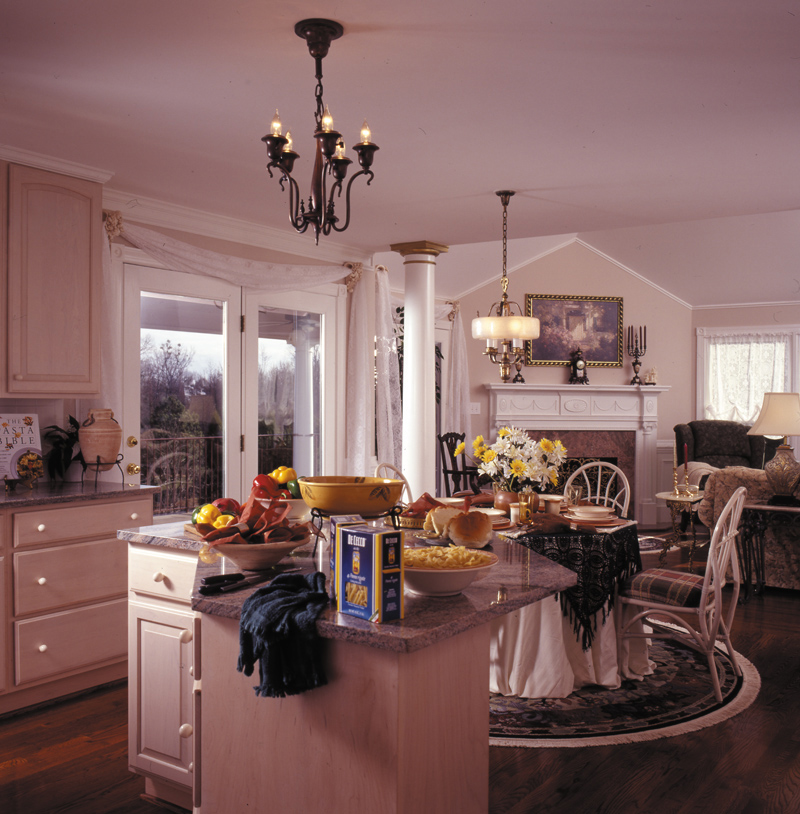 Victorian House Plan Kitchen Photo 01 016D-0045