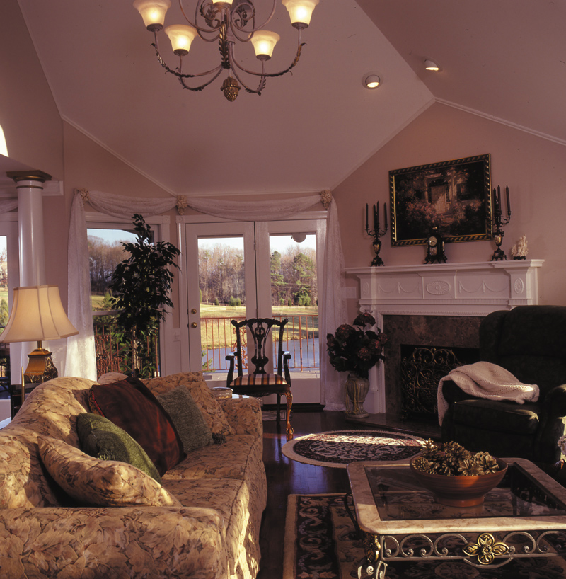 Victorian House Plan Living Room Photo 01 016D-0045