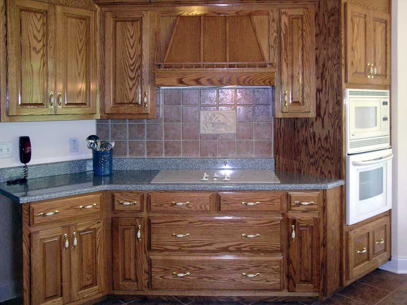 Traditional House Plan Kitchen Photo 02 - 016D-0049 | House Plans and More