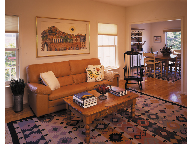 Southern House Plan Living Room Photo 01 016D-0050
