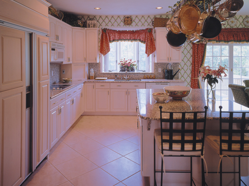 Country House Plan Kitchen Photo 03 016D-0064