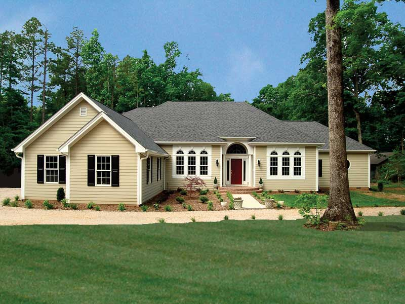 Ranch House Plan Front of Home 016D-0065