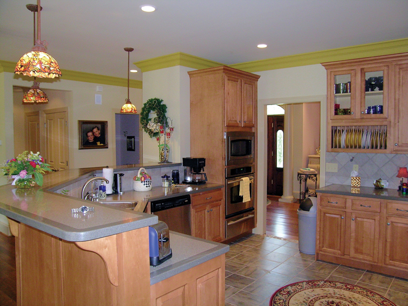 Ranch House Plan Kitchen Photo 01 016D-0065