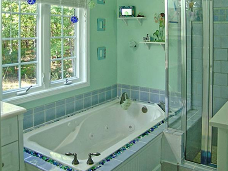 Traditional House Plan Master Bathroom Photo 01 - 016D-0078 | House Plans and More