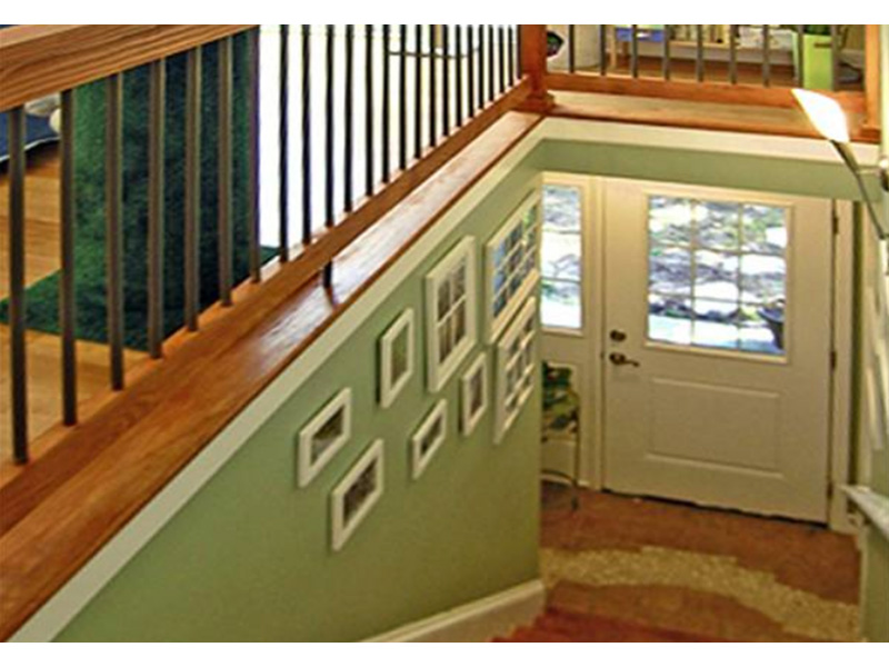 Vacation House Plan Stairs Photo - 016D-0078 | House Plans and More