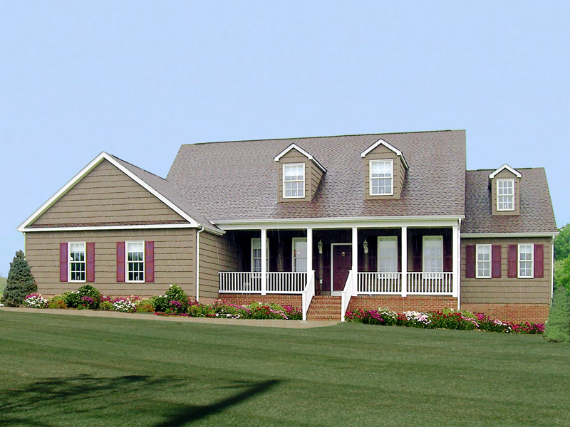 Traditional House Plan Front of Home 016D-0095