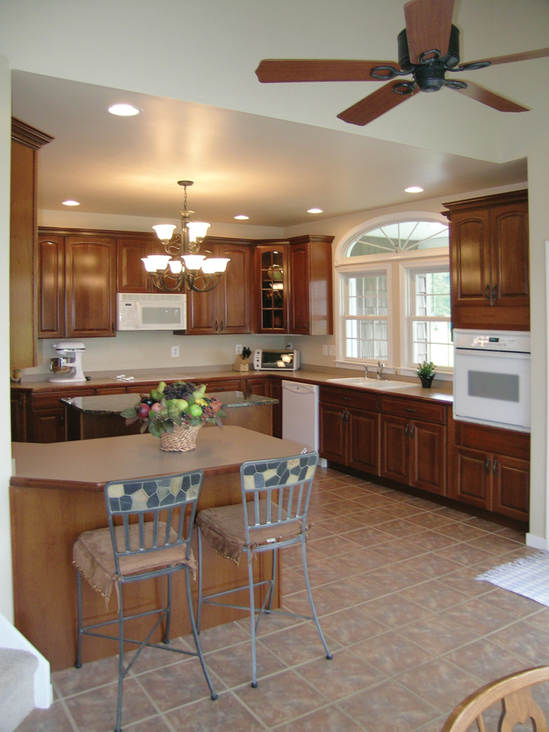 Country House Plan Kitchen Photo 02 016D-0095