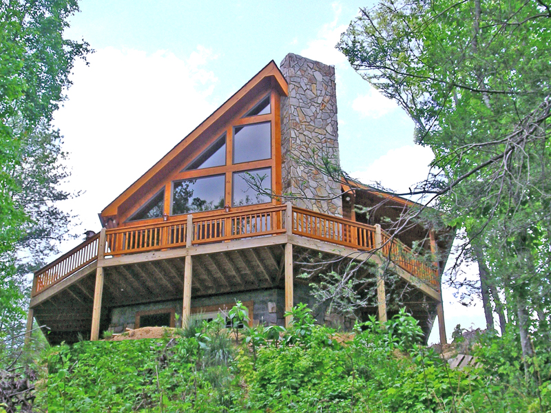 Mountain Home Plan Front of Home 016D-0102