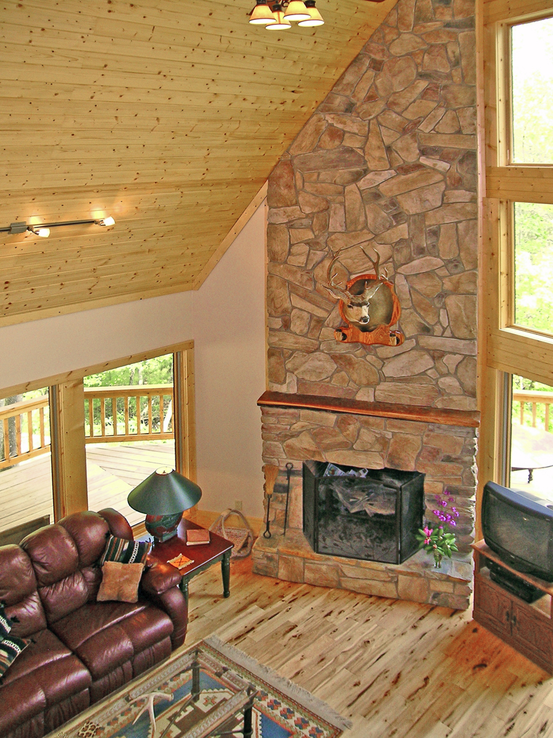 Mountain Home Plan Great Room Photo 01 - 016D-0102 | House Plans and More