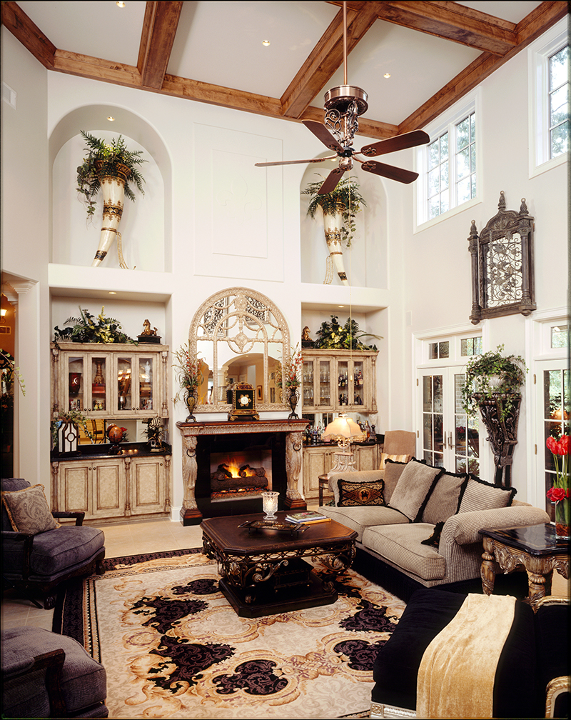 European House Plan Great Room Photo 02 019S-0002