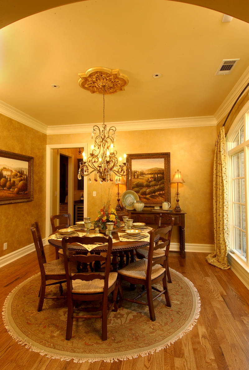 European House Plan Dining Room Photo 01 019S-0003