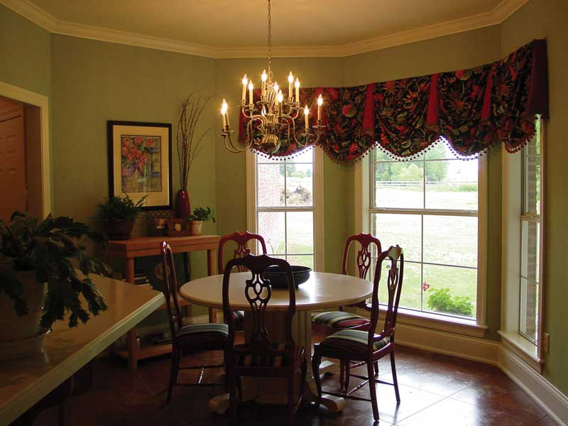 European House Plan Dining Room Photo 01 020D-0284