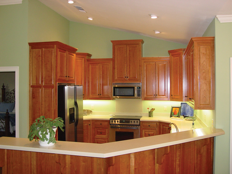European House Plan Kitchen Photo 01 020D-0284