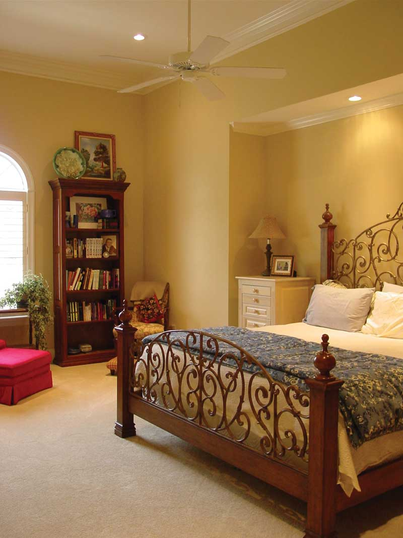 Traditional House Plan Master Bedroom Photo 01 020D-0284