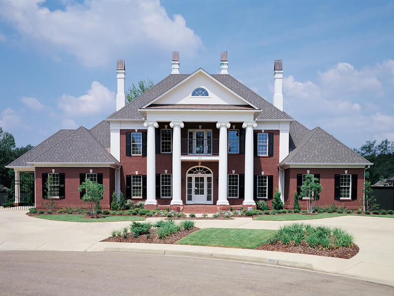 Southern Plantation Plan Front of Home 020S-0001