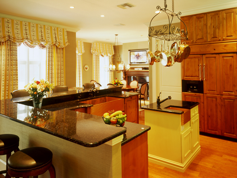 Traditional House Plan Kitchen Photo 04 020S-0002