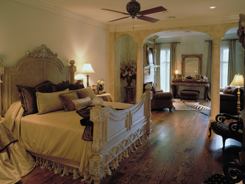 Southern Plantation Plan Master Bedroom Photo 01 020S-0004