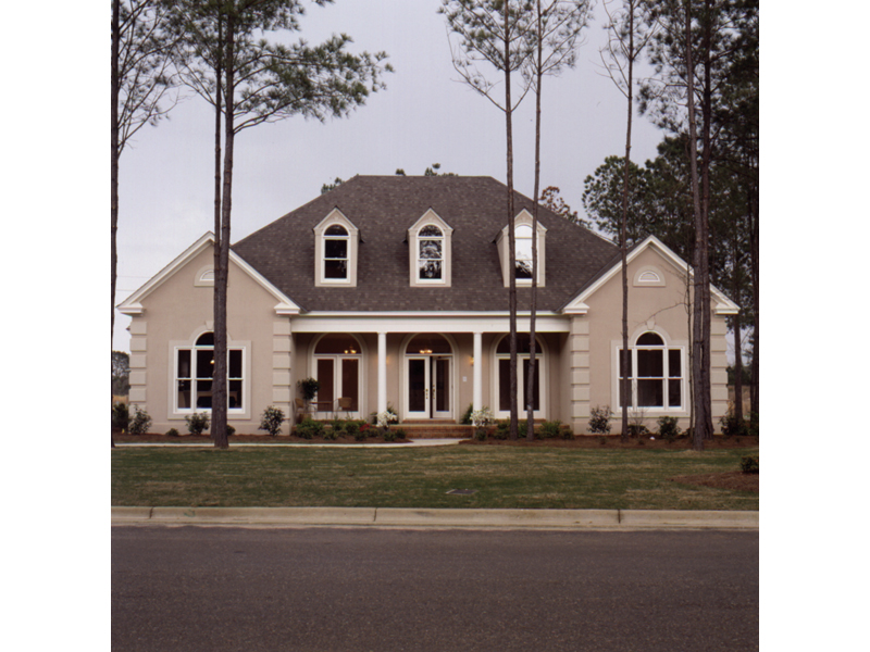 Southern House Plan Front Photo 01 023D-0002