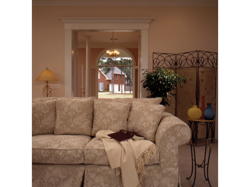 Southern House Plan Living Room Photo 01 023D-0002