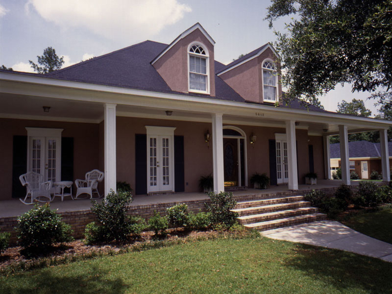 Southern House Plan Front of Home 023D-0003