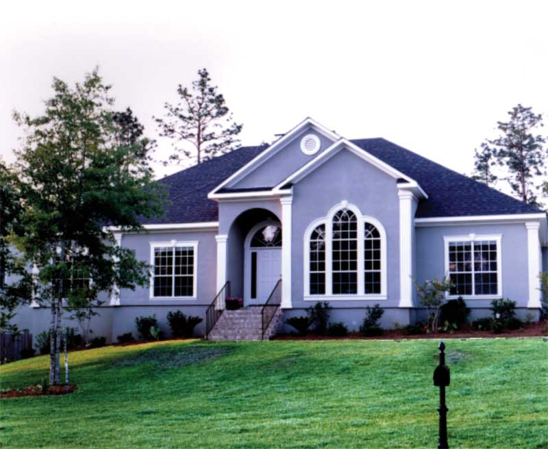 Sunbelt Home Plan Front Photo 01 024D-0018