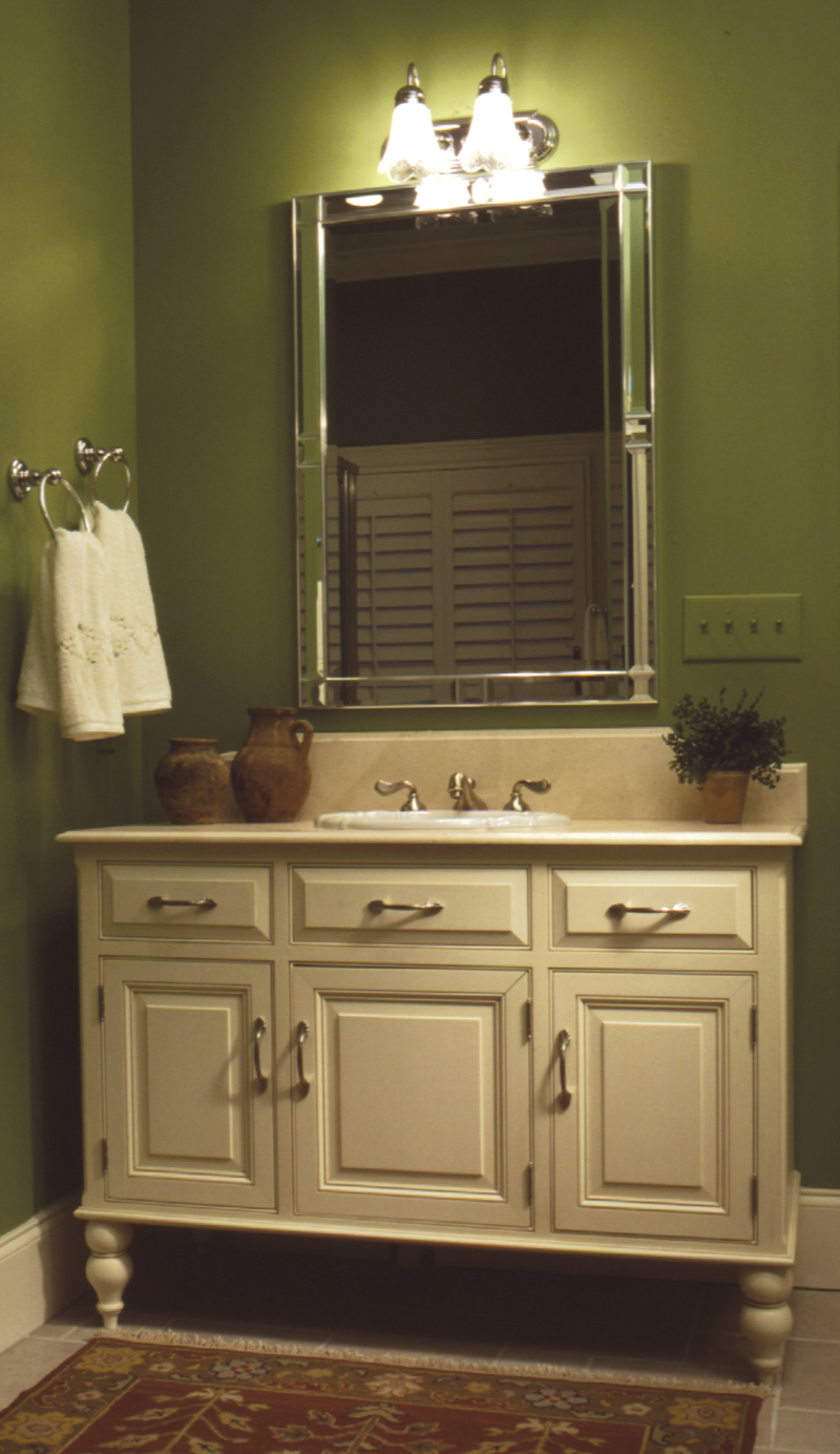 Country French Home Plan Bathroom Photo 01 024D-0048