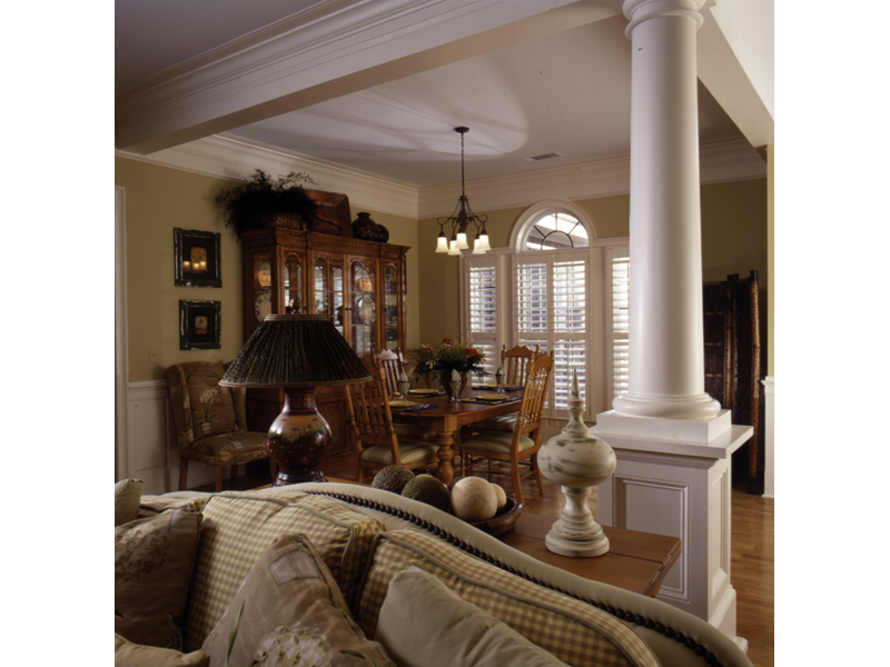 Country French Home Plan Dining Room Photo 01 024D-0048