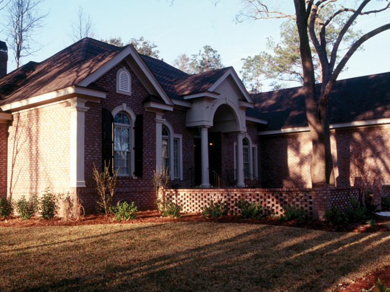 Southern House Plan Front Photo 01 024D-0048