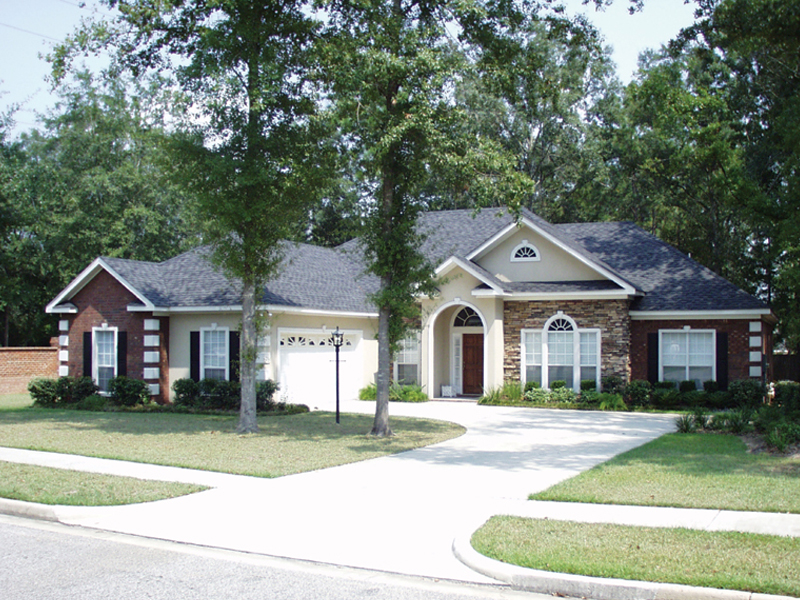 Craftsman House Plan Front Photo 01 024D-0051