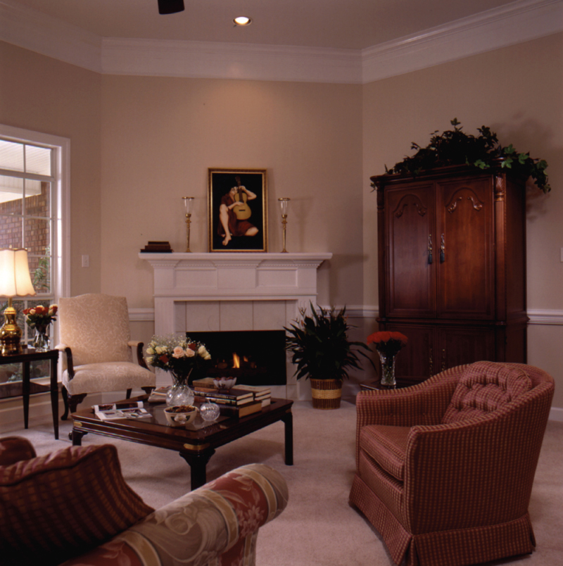 Traditional House Plan Living Room Photo 01 024D-0051