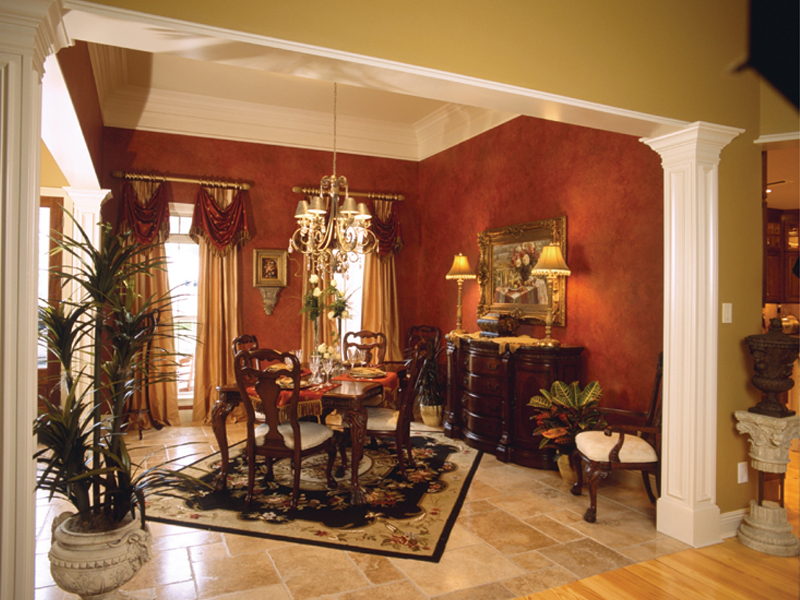 Arts and Crafts House Plan Dining Room Photo 01 024D-0055