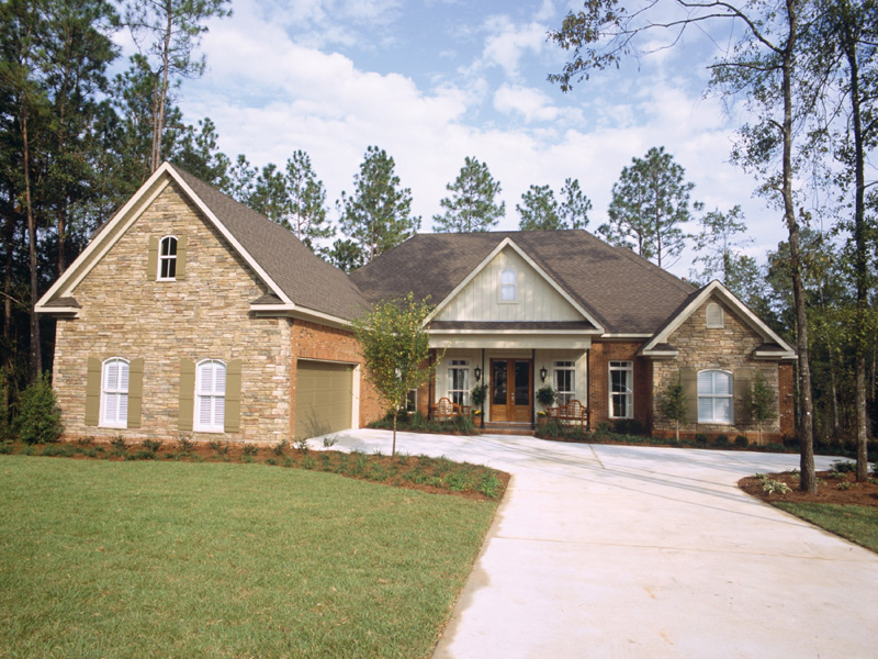 Ranch House Plan Front of Home 024D-0055