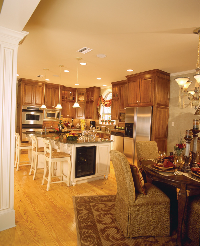 Traditional House Plan Kitchen Photo 02 024D-0055