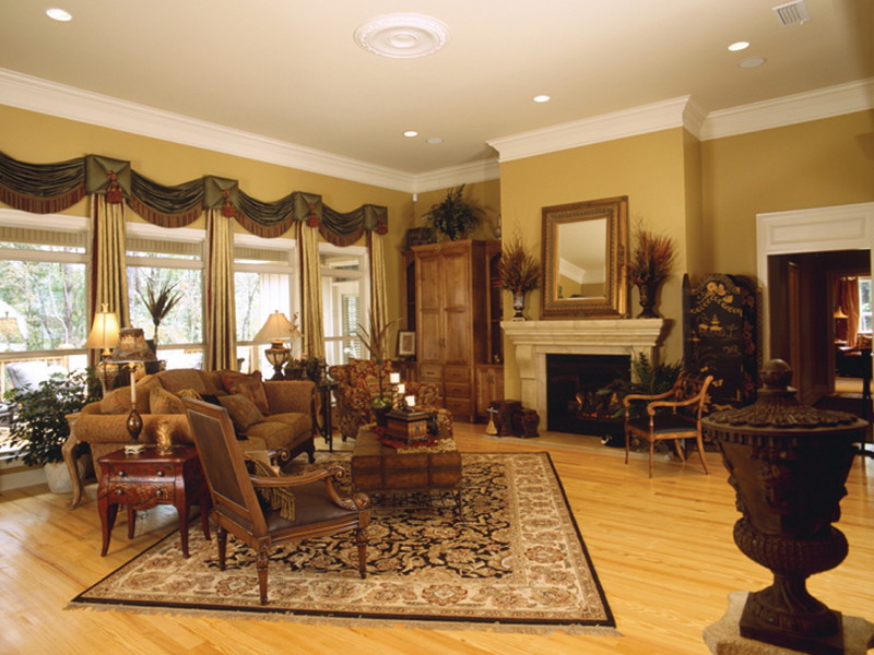 Traditional House Plan Living Room Photo 01 024D-0055