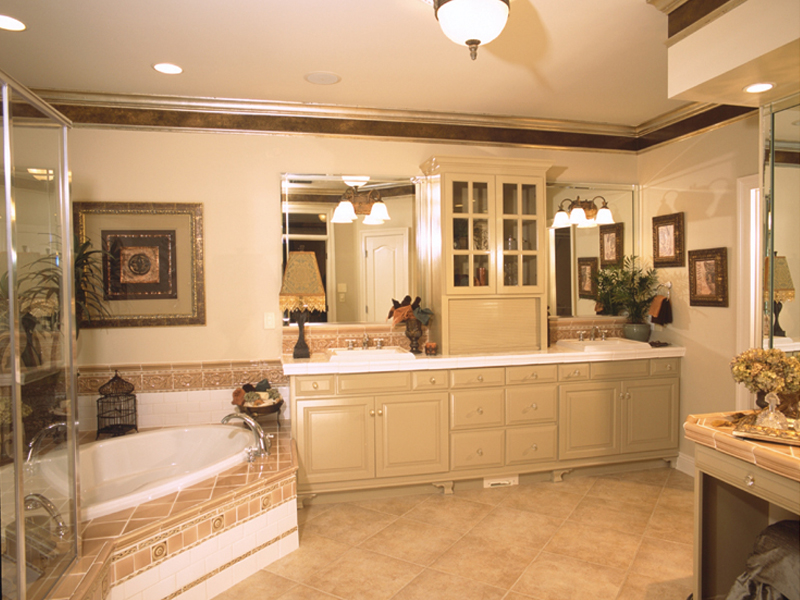 Traditional House Plan Master Bathroom Photo 01 Plan 024d 0055 House Plans And More