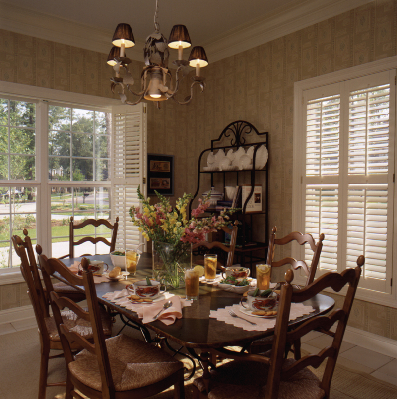 Colonial House Plan Dining Room Photo 01 024D-0058