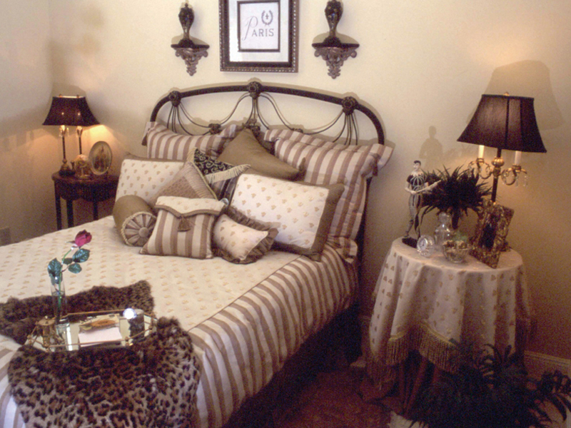 Country French Home Plan Bedroom Photo 01 024D-0060