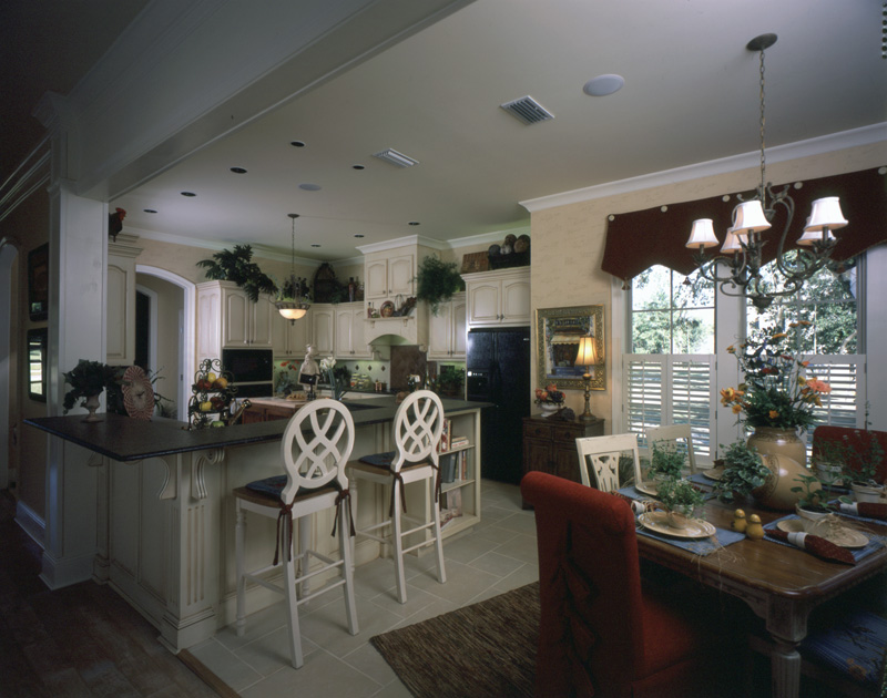 Country French Home Plan Kitchen Photo 05 024D-0060