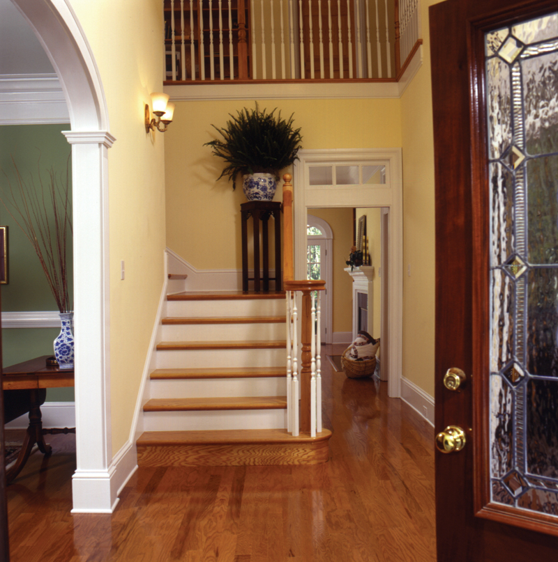 Arts and Crafts House Plan Stairs Photo 024D-0061