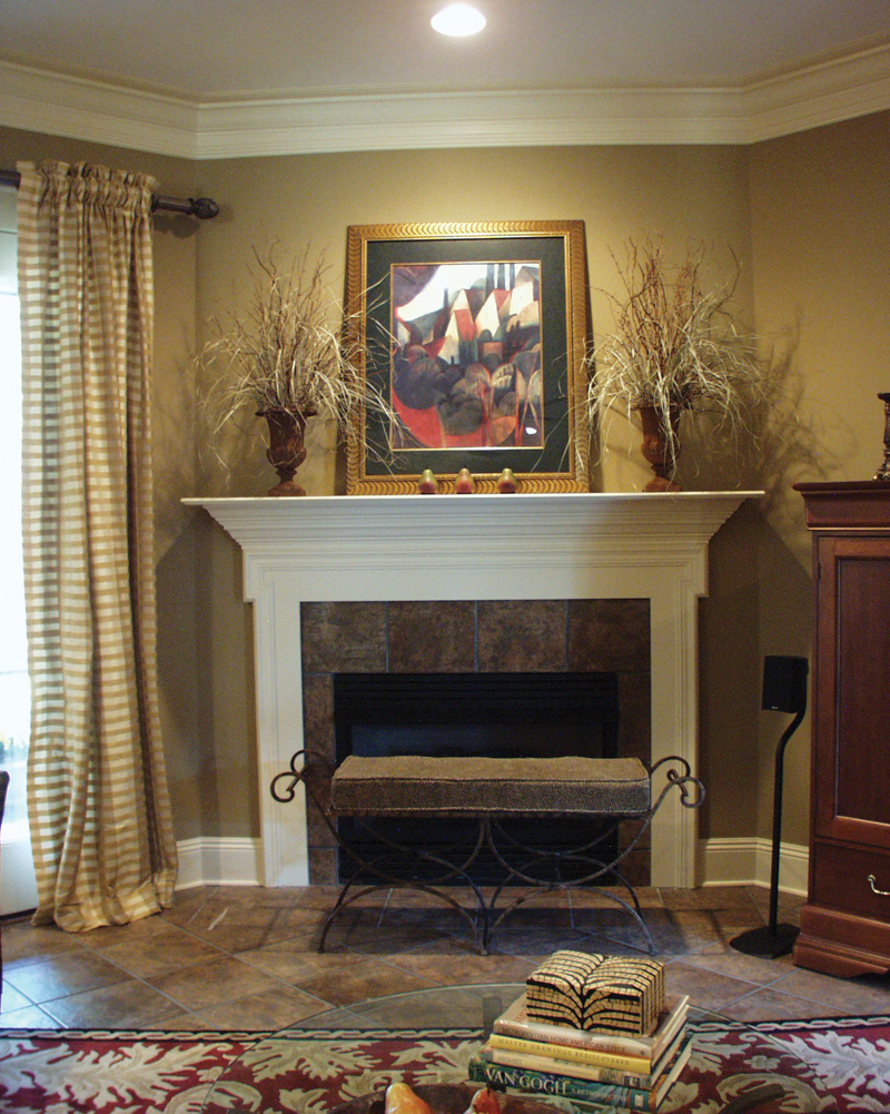 European House Plan Fireplace Photo 01 024D-0062