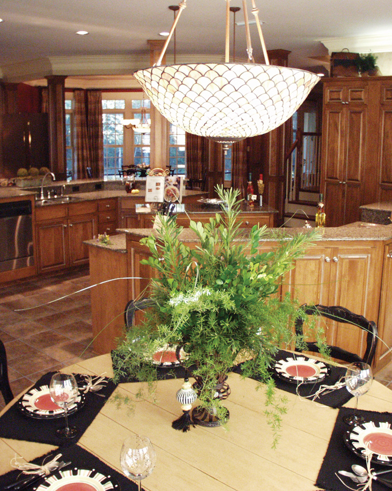 European House Plan Kitchen Photo 024D-0062