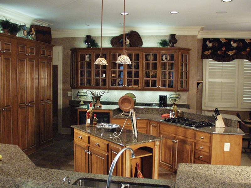 Country French Home Plan Kitchen Photo 02 024D-0062