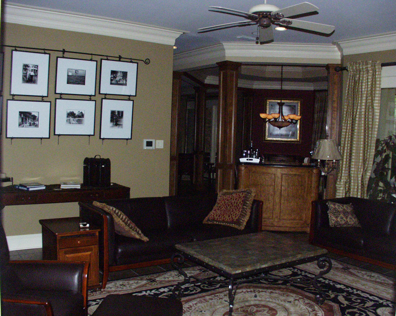 Traditional House Plan Living Room Photo 04 024D-0062