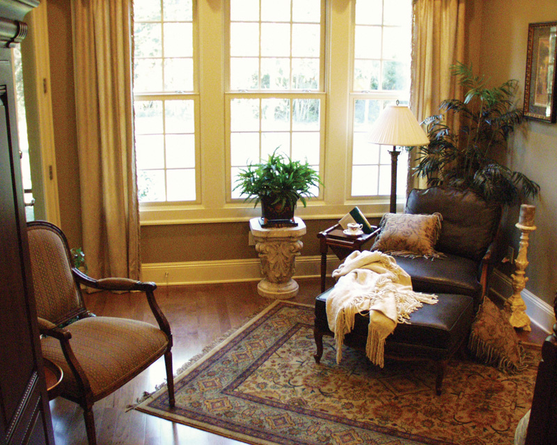 Country French Home Plan Sitting Room Photo 01 024D-0062