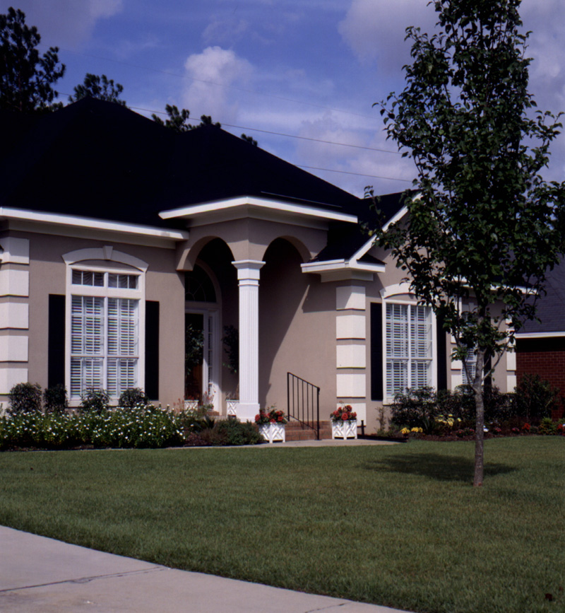Florida House Plan Front Photo 01 024D-0065