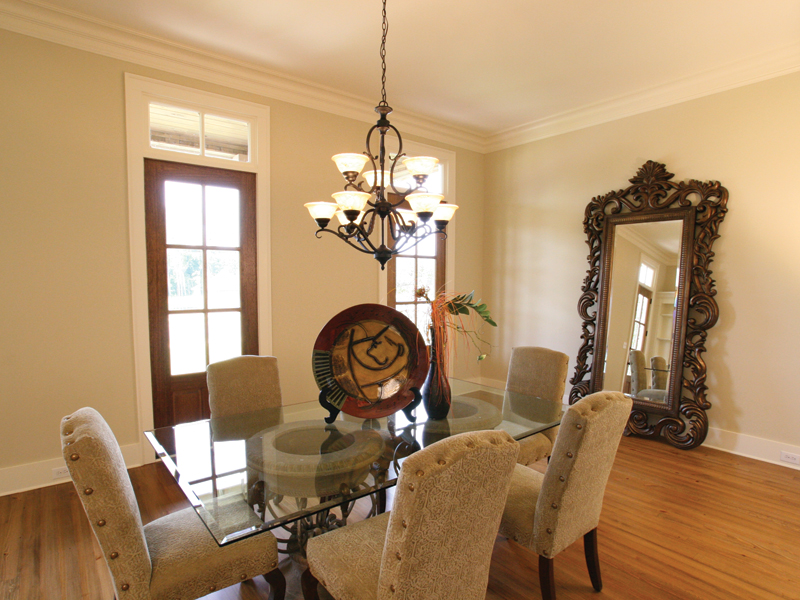 Country French Home Plan Dining Room Photo 01 024D-0795